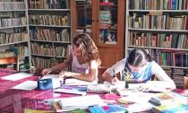 eleve-biblioteca-iulia-hasdeu